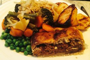 Who wouldn't want to eat this for Fakemas lunch?! Lentil & Caramelised Red Onion Wellington